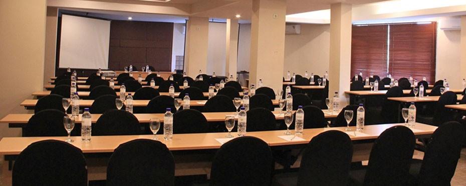 DSeason Hotel Surabaya